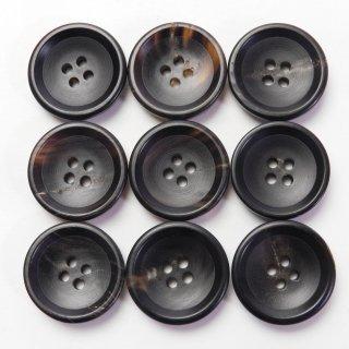 黒色系水牛ボタン/19mm/4穴/スーツの上着やジャケット、ニットに最適