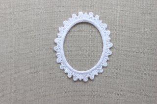 刺繍飾り(フレームオーバル ホワイト)