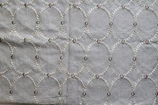 刺繍リネンオーバル ライトベージュ
