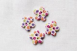 ボタン 花形(ホワイト) 4個セット