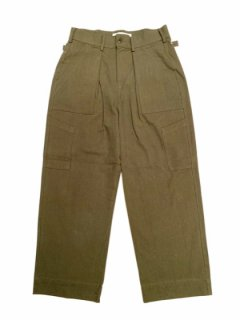 【Tucked Wide Work Pants】