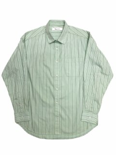 【Striped Over Regular Shirt】