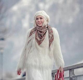 プラトーク 125 Olga Labzina オフホワイト
