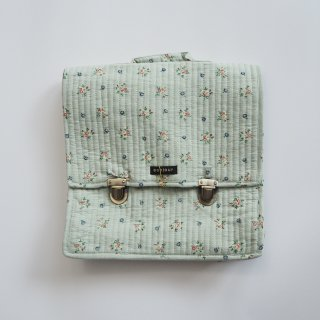 <img class='new_mark_img1' src='https://img.shop-pro.jp/img/new/icons14.gif' style='border:none;display:inline;margin:0px;padding:0px;width:auto;' />Bonjour diary<br>quilted school bag<br>mint flower print
