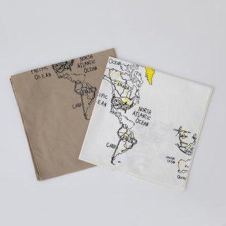 folkmade<br>bandana map print<br>white / beige
