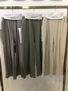 <img class='new_mark_img1' src='https://img.shop-pro.jp/img/new/icons14.gif' style='border:none;display:inline;margin:0px;padding:0px;width:auto;' />GRIS<br>rib wide pants<br>sage green / ash gray<br>(S,M,L)
