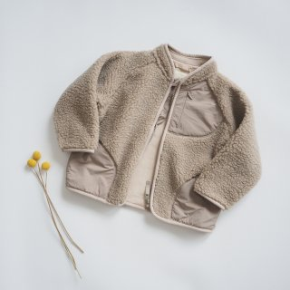 <img class='new_mark_img1' src='https://img.shop-pro.jp/img/new/icons14.gif' style='border:none;display:inline;margin:0px;padding:0px;width:auto;' />Konges Slojd<br>teddy cardigan<br>silver beige<br>(2y,3y,4y,5-6y)