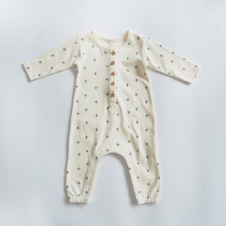 <img class='new_mark_img1' src='https://img.shop-pro.jp/img/new/icons14.gif' style='border:none;display:inline;margin:0px;padding:0px;width:auto;' />QUINCY MAE<br>longsleeve jumpsuit<br>cactus ivory<br>(3-6m,6-12m)