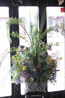 flower arrangement(クール便対応時期は発送は要相談です)