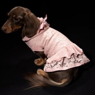 <img class='new_mark_img1' src='https://img.shop-pro.jp/img/new/icons52.gif' style='border:none;display:inline;margin:0px;padding:0px;width:auto;' />MADELYN COAT ROSA with Skirt