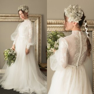 バック刺繍 ボリューム袖 ウエディングドレス(W40)