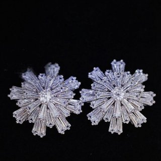 ピアス レディース 雪の結晶(大) AAA級 ダイヤモンドCZ 18K 18金RGP
