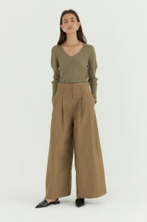 tuck wide pants<br>khaki