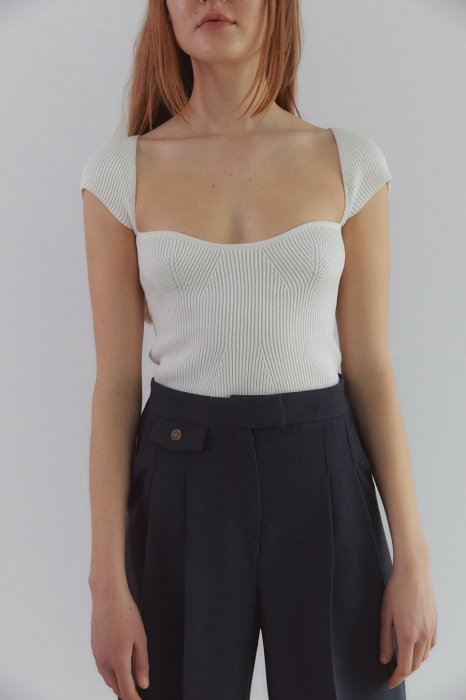square neck knit tops<br>ivory
