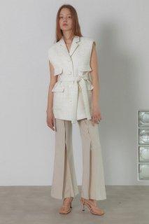 belted tweed vest<br>ivory,black