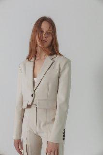 edge pocket short jacket<br>cream