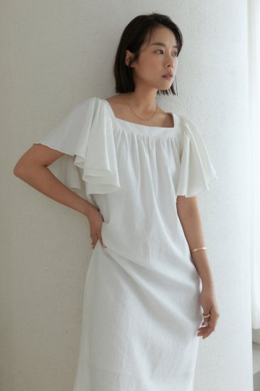 linen<br>frill sleeves one piece<br>ivory