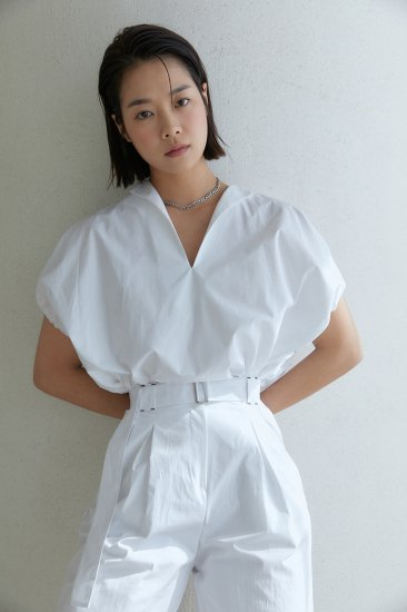 stitch belted pants<br>white