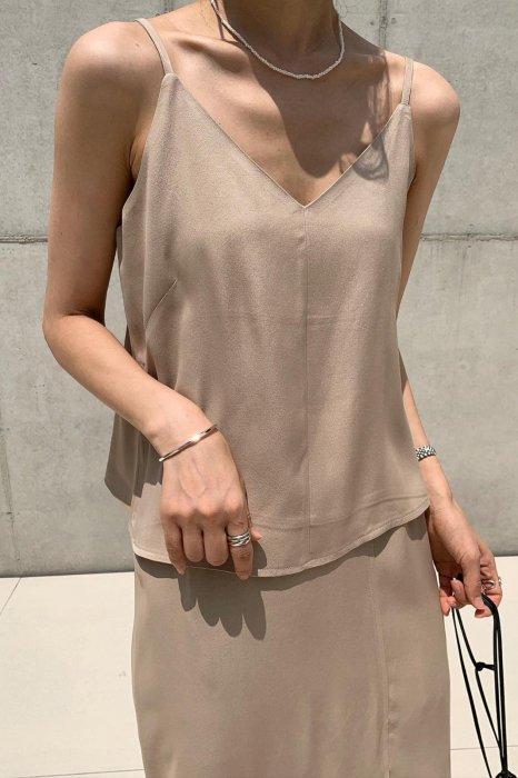 side button camisole<br>brown