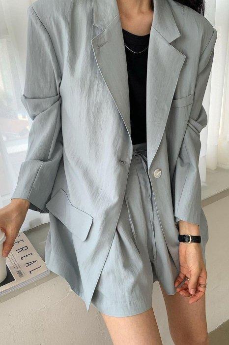 kelly boxy jacket<br>blue
