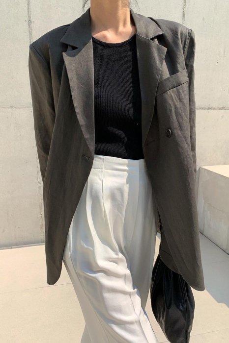 linen100%<br>back button loose jacket<br>charcoal khaki