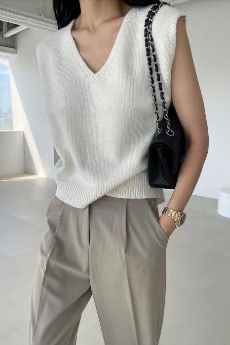 v neck wool vest<br>ivory