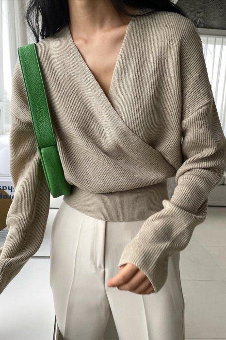 ella wrap knit<br>beige