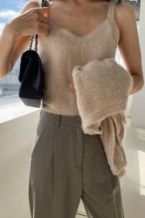 soft knit camisole<br>beige