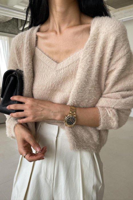 soft knit cardigan<br>beige