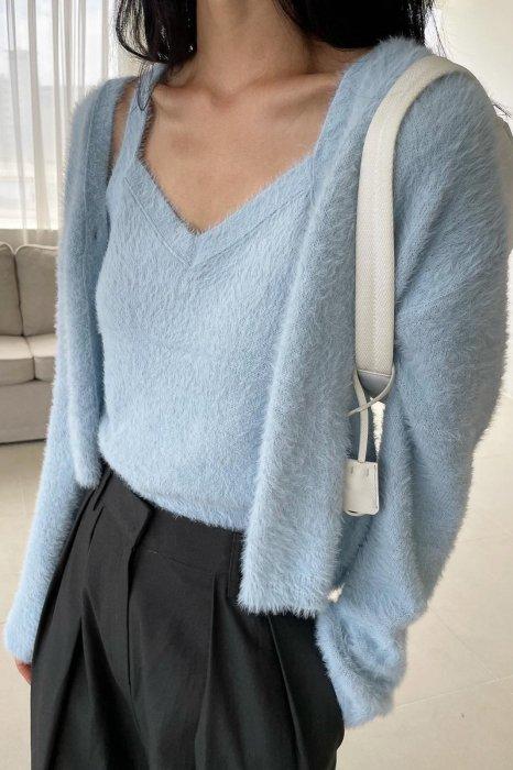 soft knit cardigan<br>soft blue
