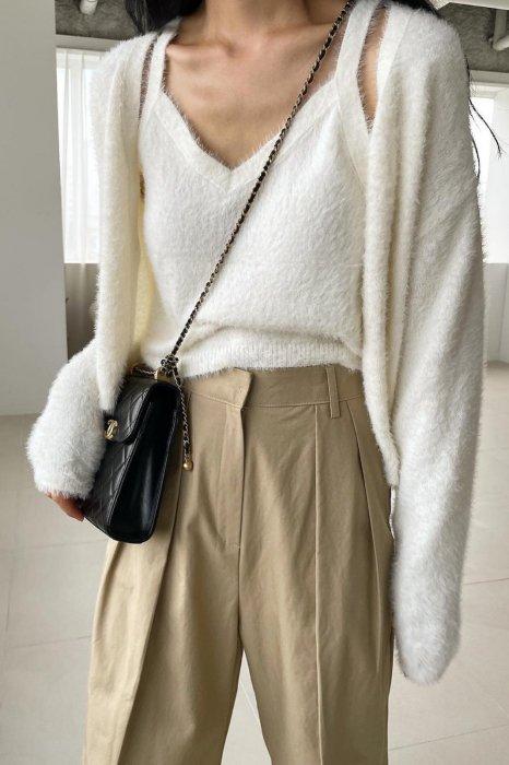 soft knit cardigan<br>ivory