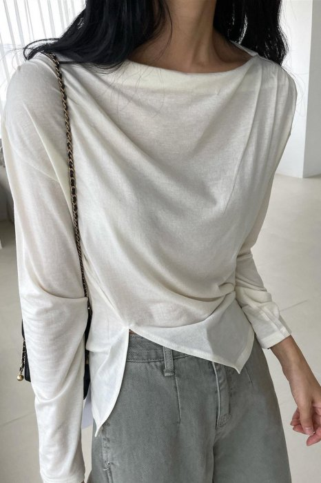 slit drape tee shirts<br>ivory