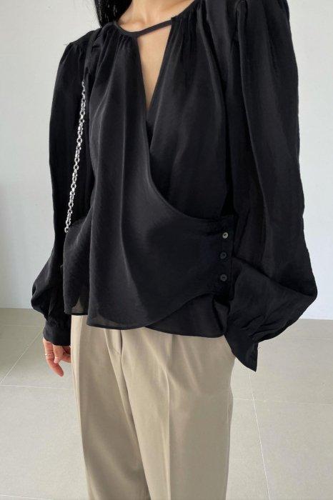 drape wrap blouse<br>black