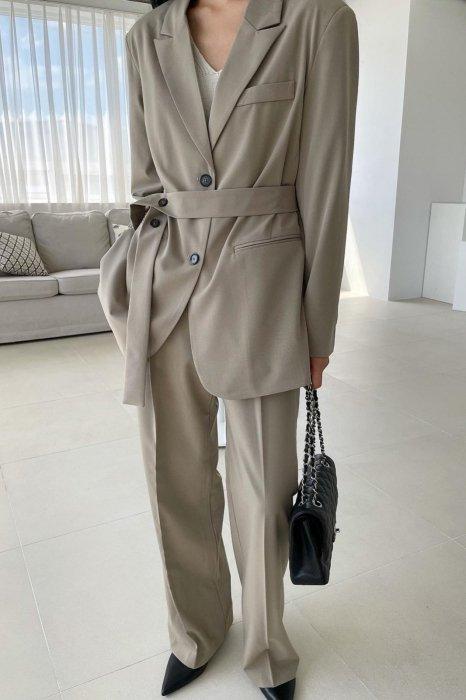 moa belt jacket<br>brown