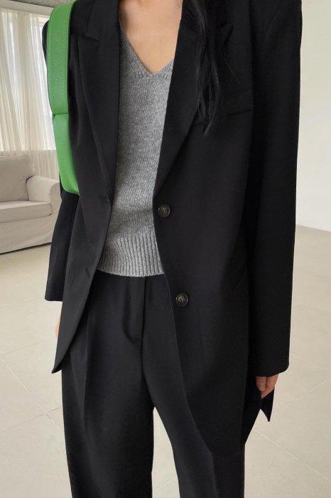 moa belt jacket<br>black