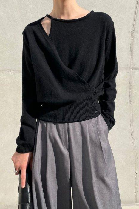 wrap open shoulder knit<br>black