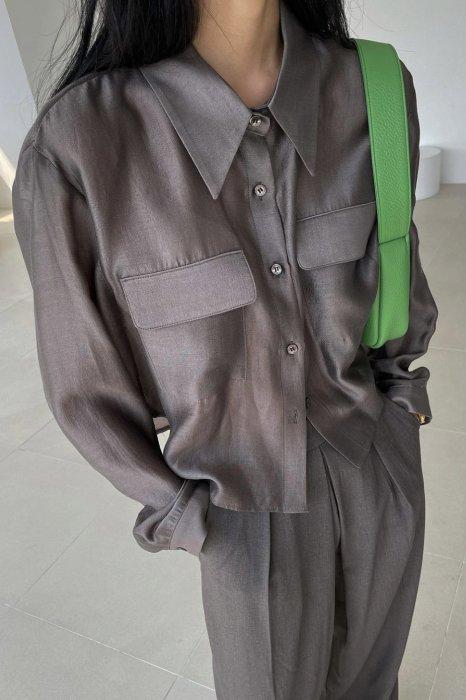 sheer pocket blouse<br>brown