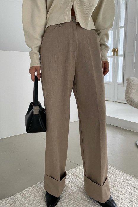 tene roll up pants<br>beige