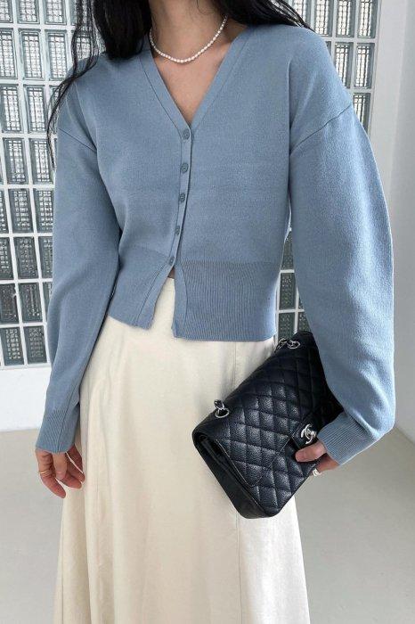 v neck puff cardigan<br>blue