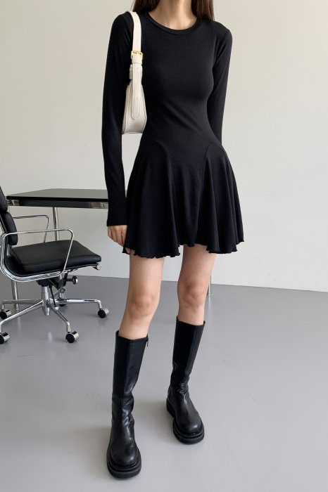 flared skirt one piece<br>black