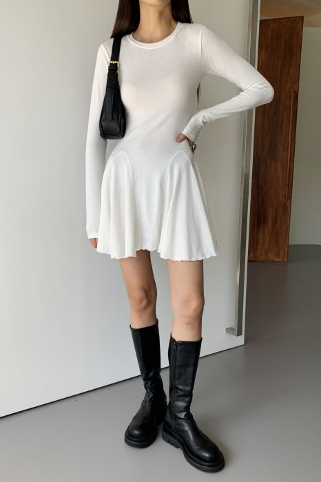 flared skirt one piece<br>ivory