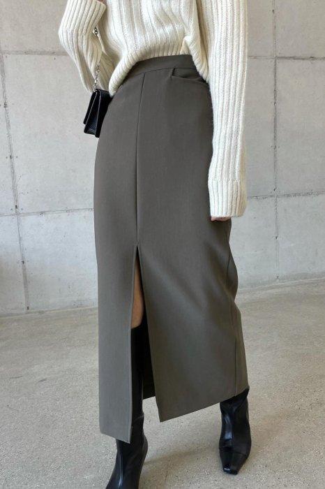 waist pocket<br>maxi slit skirt<br>khaki