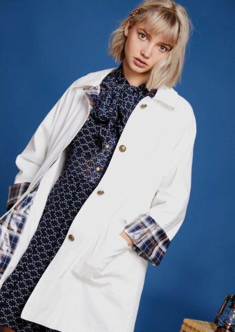 <img class='new_mark_img1' src='https://img.shop-pro.jp/img/new/icons22.gif' style='border:none;display:inline;margin:0px;padding:0px;width:auto;' />【40%OFF】 sister jane Rain Coat with Check Cuffs