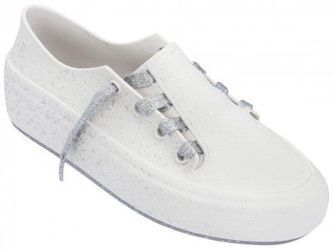 <img class='new_mark_img1' src='https://img.shop-pro.jp/img/new/icons22.gif' style='border:none;display:inline;margin:0px;padding:0px;width:auto;' />【60%OFF】Melissa Ulitsa Sneaker Splash-WHITE SILVER
