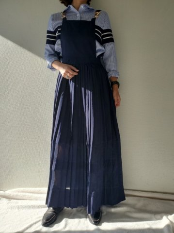 <img class='new_mark_img1' src='https://img.shop-pro.jp/img/new/icons22.gif' style='border:none;display:inline;margin:0px;padding:0px;width:auto;' />【40%OFF】GHOSPELL Uniform Maxi Dress