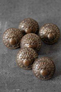6 metal boutons