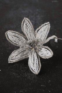 Fleurs en perles No.11