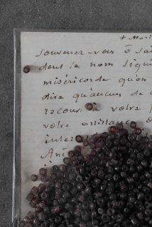 Antique beads (raisin S)