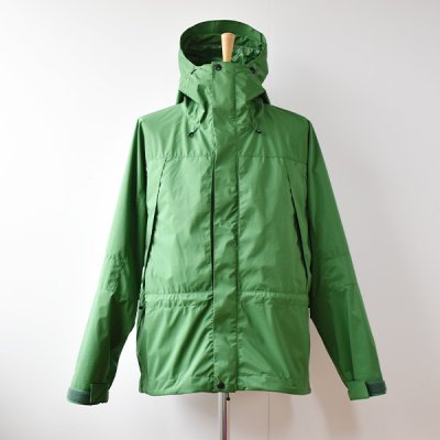 <img class='new_mark_img1' src='https://img.shop-pro.jp/img/new/icons14.gif' style='border:none;display:inline;margin:0px;padding:0px;width:auto;' />【ENDS and MEANS】 EMountain Parka  2021AW  - Woods Green -