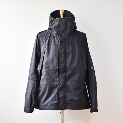 <img class='new_mark_img1' src='https://img.shop-pro.jp/img/new/icons14.gif' style='border:none;display:inline;margin:0px;padding:0px;width:auto;' />【ENDS and MEANS】 EMountain Parka  2021AW  - Black -